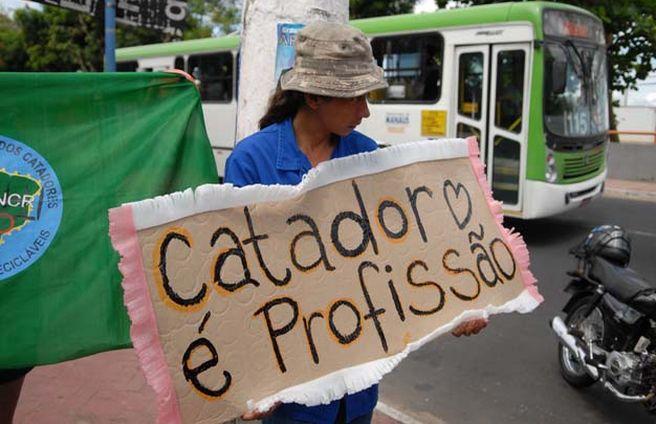 Governo do RN lança projeto de inclusão de catadores