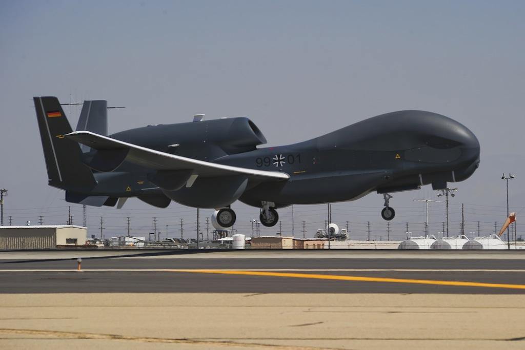 Itália, França e Alemanha vão construir 'drone europeu'