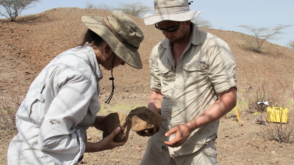 Arqueólogos encontram as ferramentas mais antigas do mundo