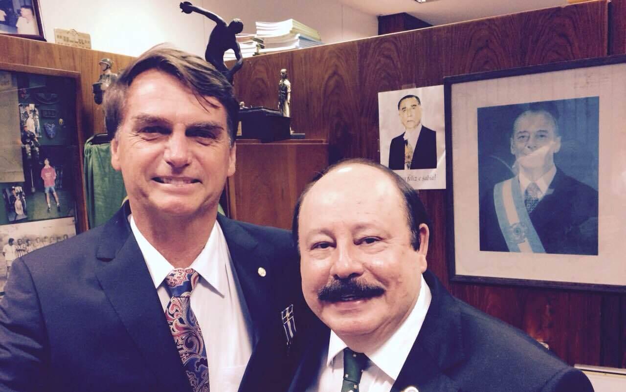 Jair Bolsonaro e Levy Fidelix podem concorrer juntos à Presidência da República em 2018
