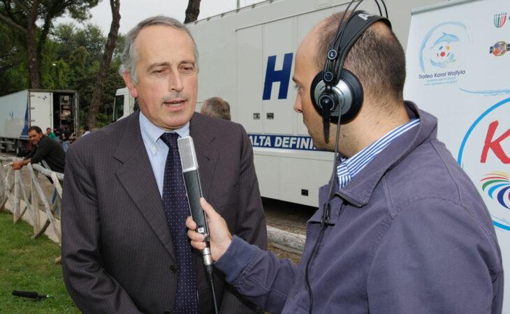 Caso FIFA: Uefa está 'surpresa e triste' com prisões de dirigentes, diz Giancarlo Abete