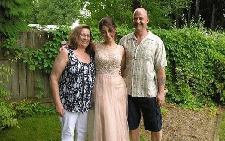 Homem mata filha, esposa e irmã e posta explicação no Facebook