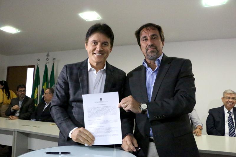 Ministro da Integração assina convênio de R$ 200 milhões em obras contra a seca no RN
