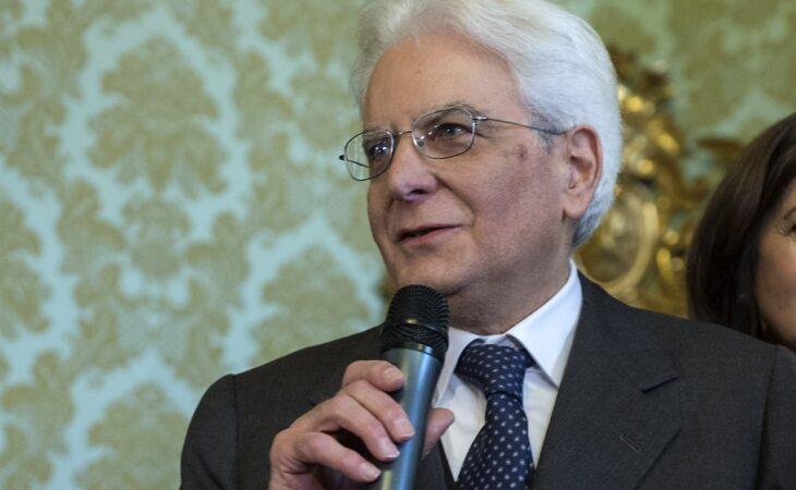 Presidente italiano decide cortar o próprio salário
