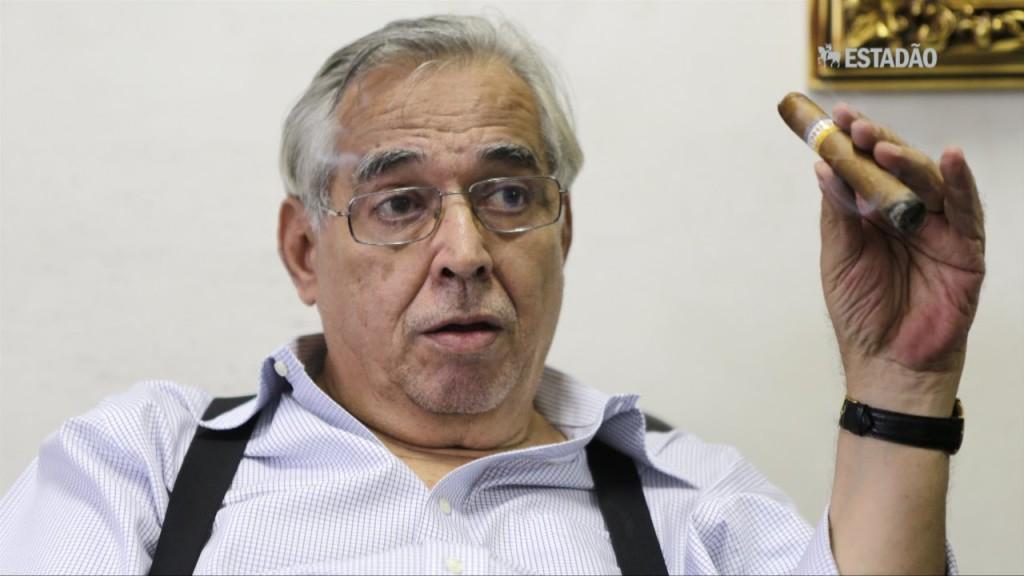 'No Vasco, atleta não tem opinião diferente da minha', afirma Eurico Miranda