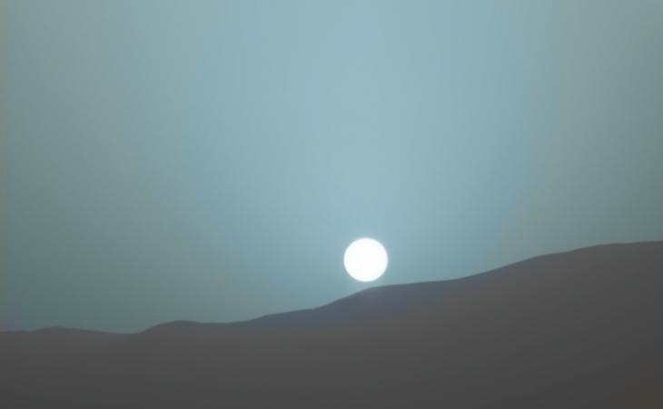 Imagens da Nasa revelam que pôr do Sol em Marte é azul