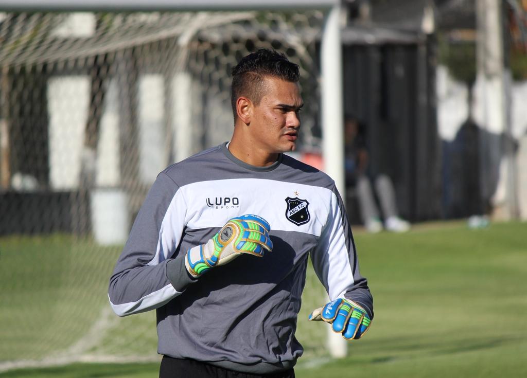 Saulo destaca confiança em Ademir Fesan e descarta retorno ao Sport