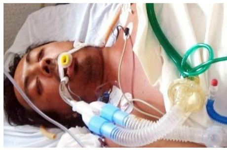 Homem morre após injetar óleo de cozinha para ter peitoral definido