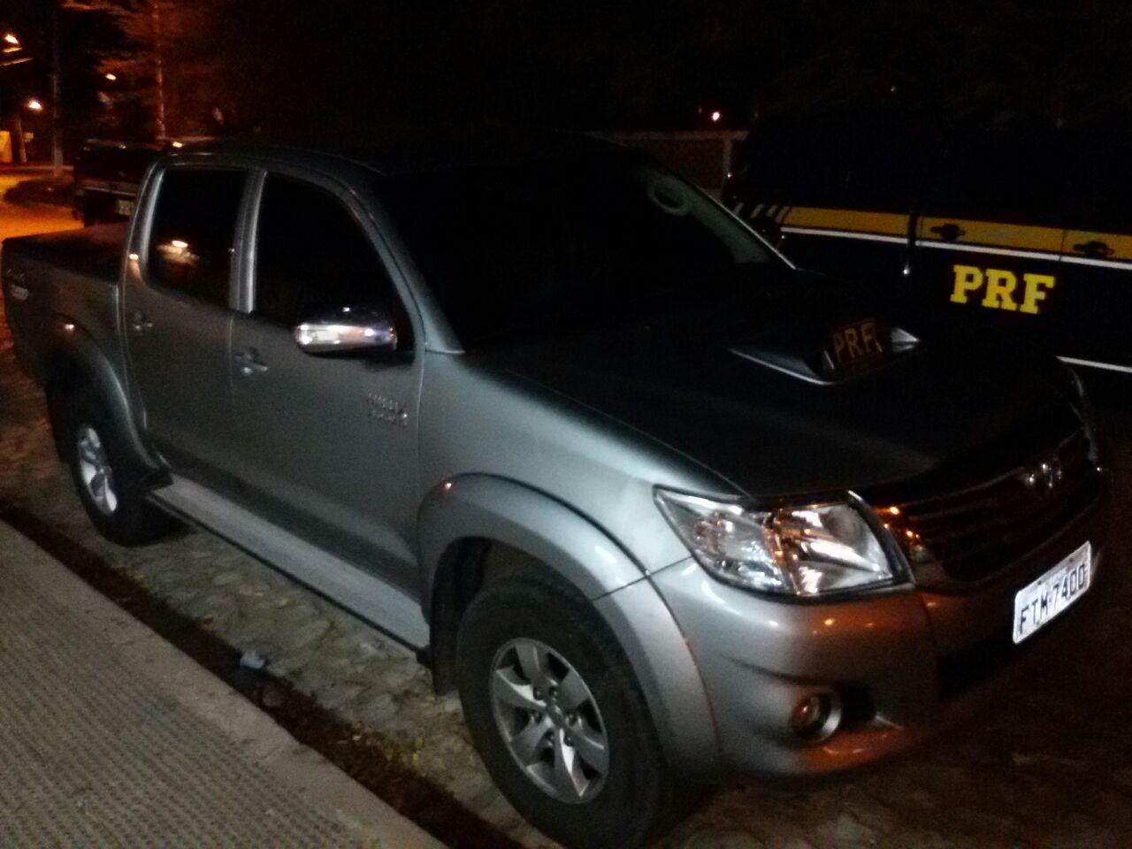 Cantor da banda Forró da Ostentação é flagrado com veículo roubado no RN