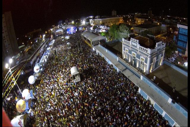 Show de Luan Santana bate recorde de público no Mossoró Cidade Junina 2015