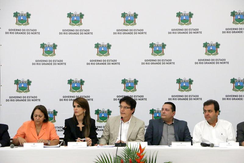 Robinson Faria convoca políticos e empresários a lutar pelo HUB da TAM em São Gonçalo