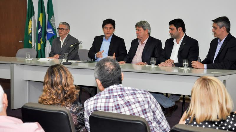 Governo do RN firmará convênios com prefeituras para operação tapa buraco