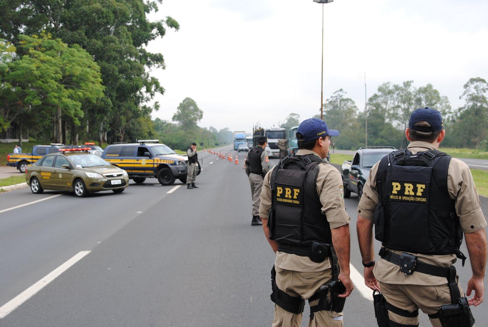 PRF apreende 50 ônibus coletivos das empresas Guanabara e Oceano por irregularidades
