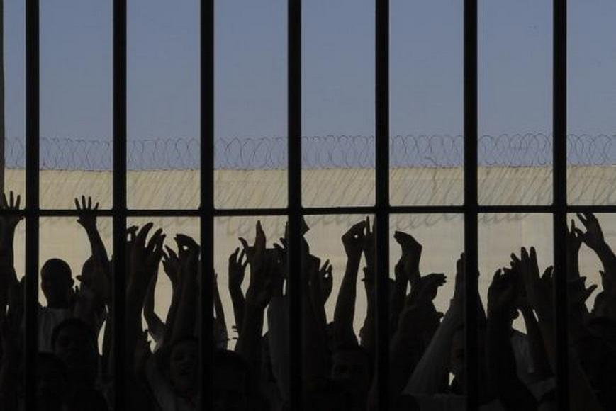 Ministro defende altetações na lei para reduzir número de detentos