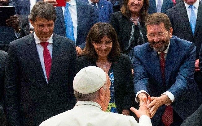 SP: Fernando Haddad irá ao Vaticano presentear o papa com disco do Racionais MC's