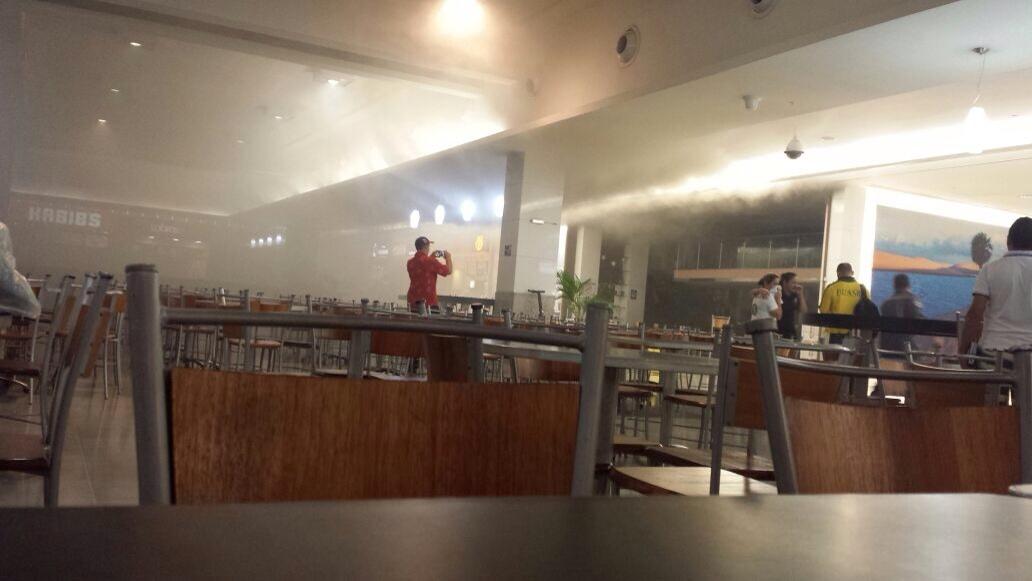 Shopping Midway Mall tem princípio de incêndio e assusta clientes