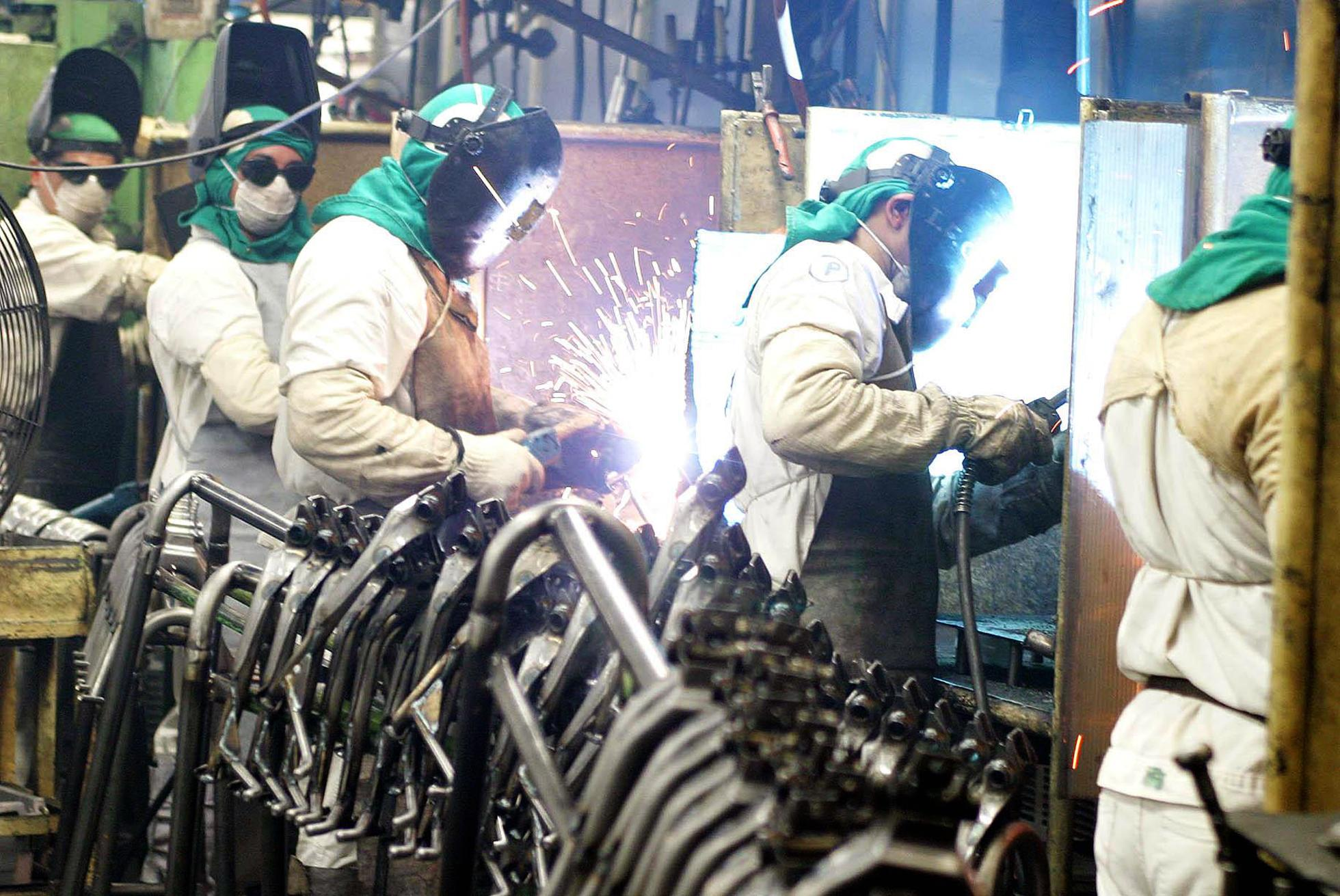 Atividade econômica tem queda de 4,08%, diz BC