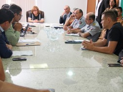19.08 Reunião com a associação dos PMs – Foto Rayane Mainara (1)