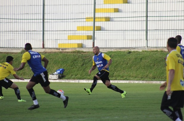 Sérgio China relaciona jogadores para desafio contra o Paraná