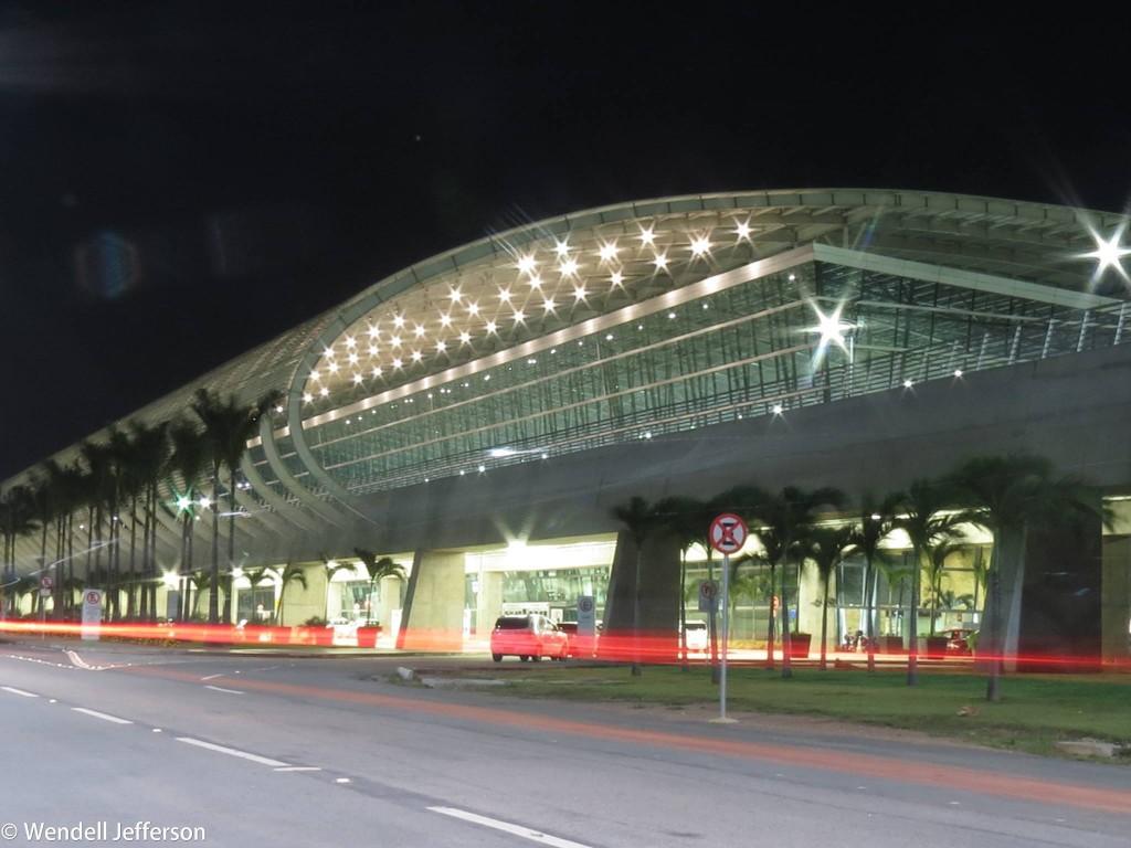 Aeroportos concedidos movimentaram 45% dos passageiros em 2015