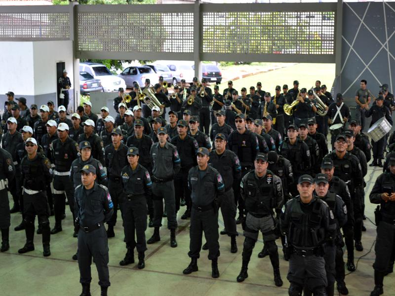 Militares realizam caminhada nesta terça-feira contra mortes dos profissionais da segurança pública