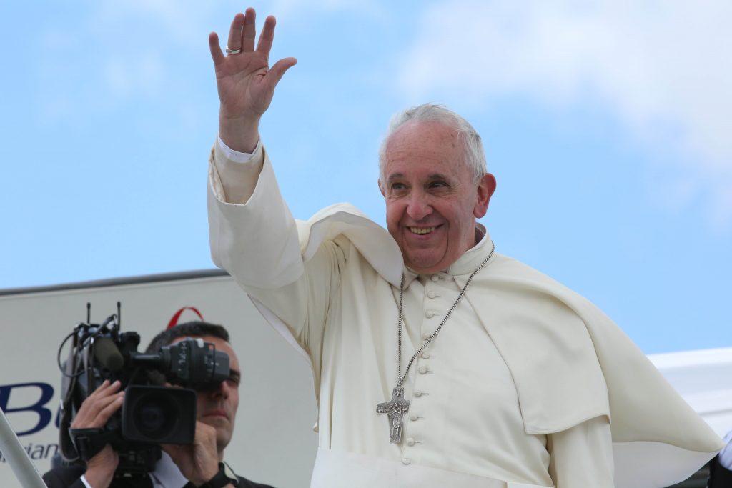 Ovacionado, Papa faz discurso inédito no Congresso dos EUA