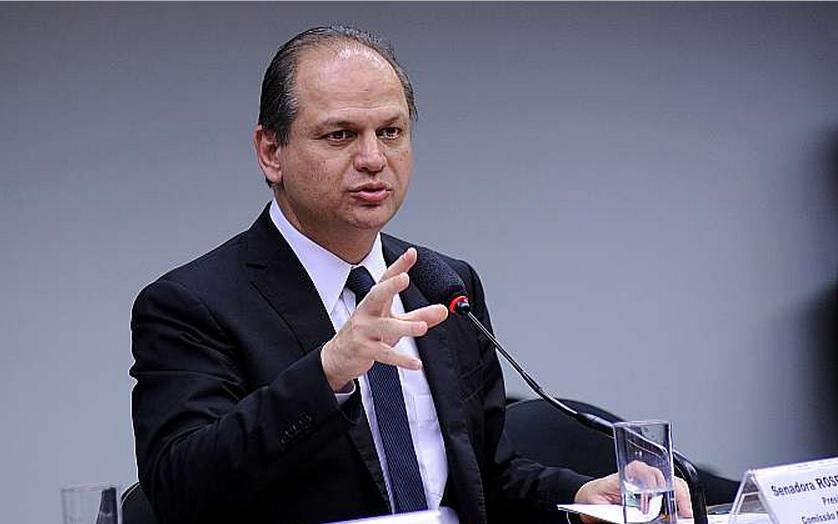 Proposta orçamentária de 2016 apresenta deficit de R$ 30,5 bilhões, diz relator