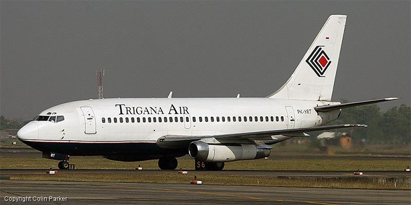 Avião indonésio desaparece com 54 pessoas a bordo