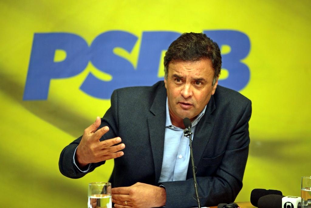Aécio Neves rebate delação premiada e diz que Delcídio mentiu ao citá-lo