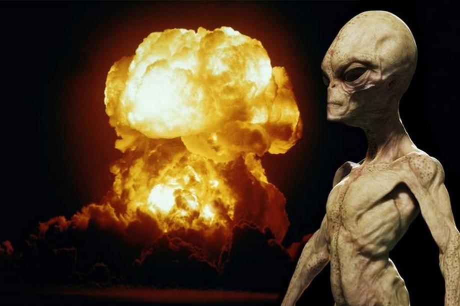 """""""ETs pacificadores tentaram salvar a América de uma guerra nuclear"""", afirma astronauta da Nasa"""