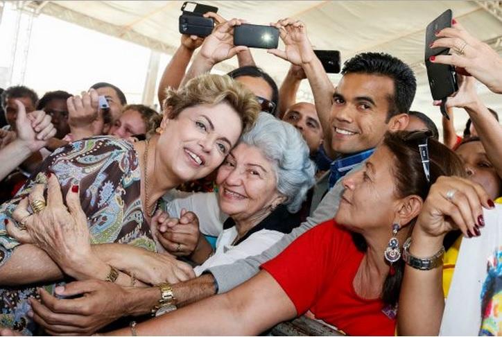 Minha Casa Minha Vida já investiu R$ 270 bilhões na economia brasileira, afirma Dilma