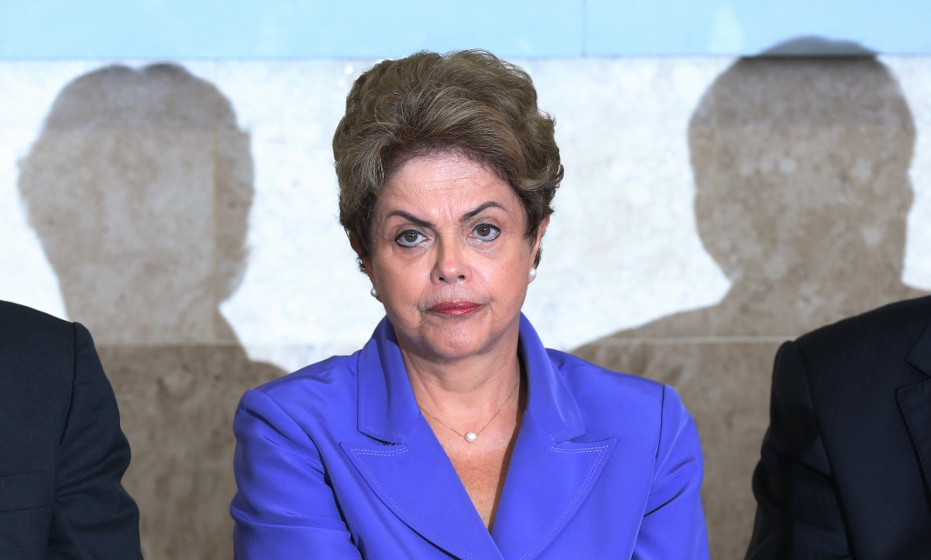 Aprovação do governo Dilma cai para 8%