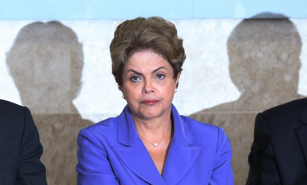 Comissão do Impeachment deve discutir processo contra Dilma até 4 da manhã