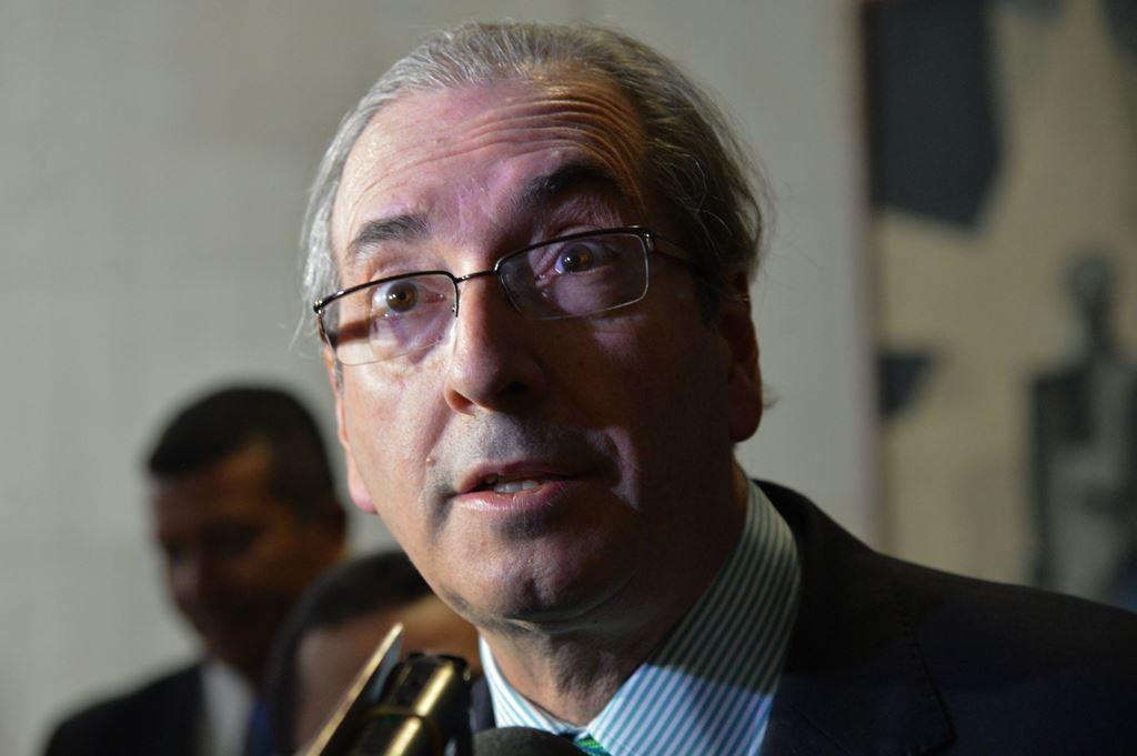 Conselho de Ética aprova relatório que pede cassação de Eduardo Cunha