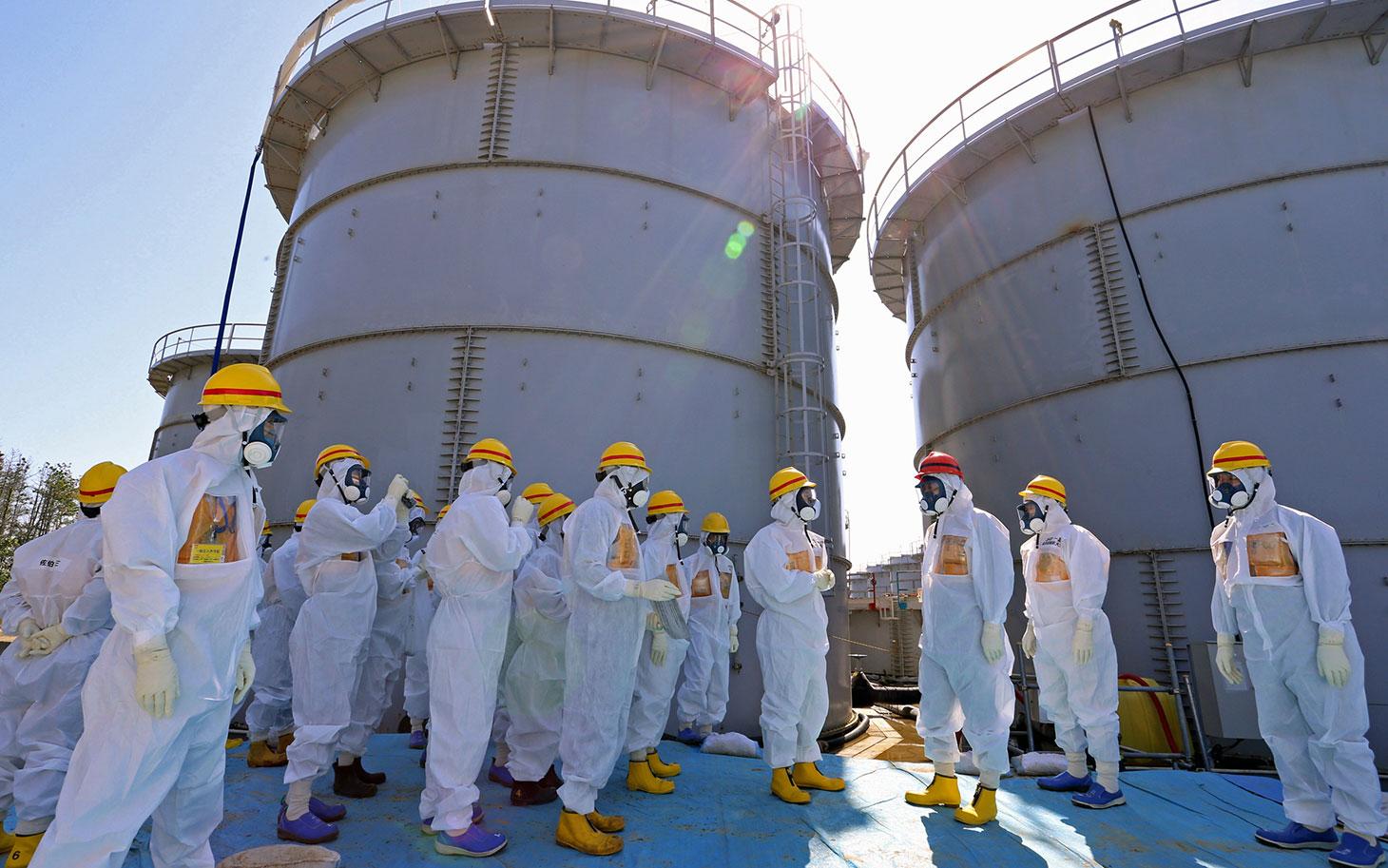 Quatro anos após Fukushima, Japão religa reator nuclear