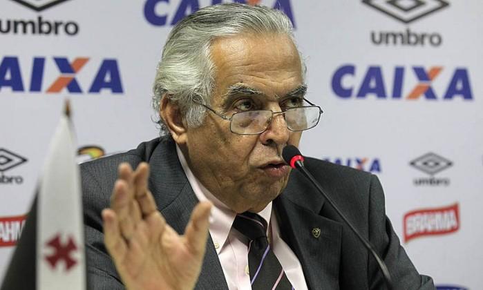 Com time em péssima situação, Eurico Miranda corre risco de sofrer impeachment no Vasco