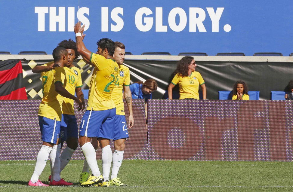 Em amistoso nos EUA, Brasil vence Costa Rica por 1 a 0