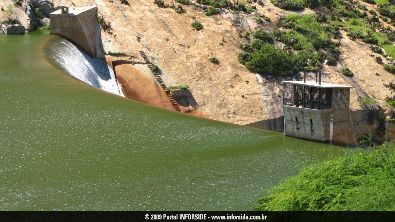 Governo garante ações emergenciais para abastecimento de água no Seridó