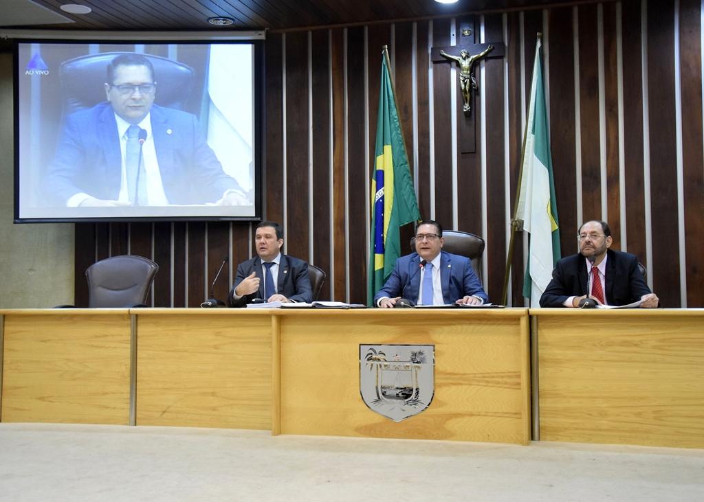 Resolução que extingue cargos e funções na Assembleia é publicada no Diário Oficial