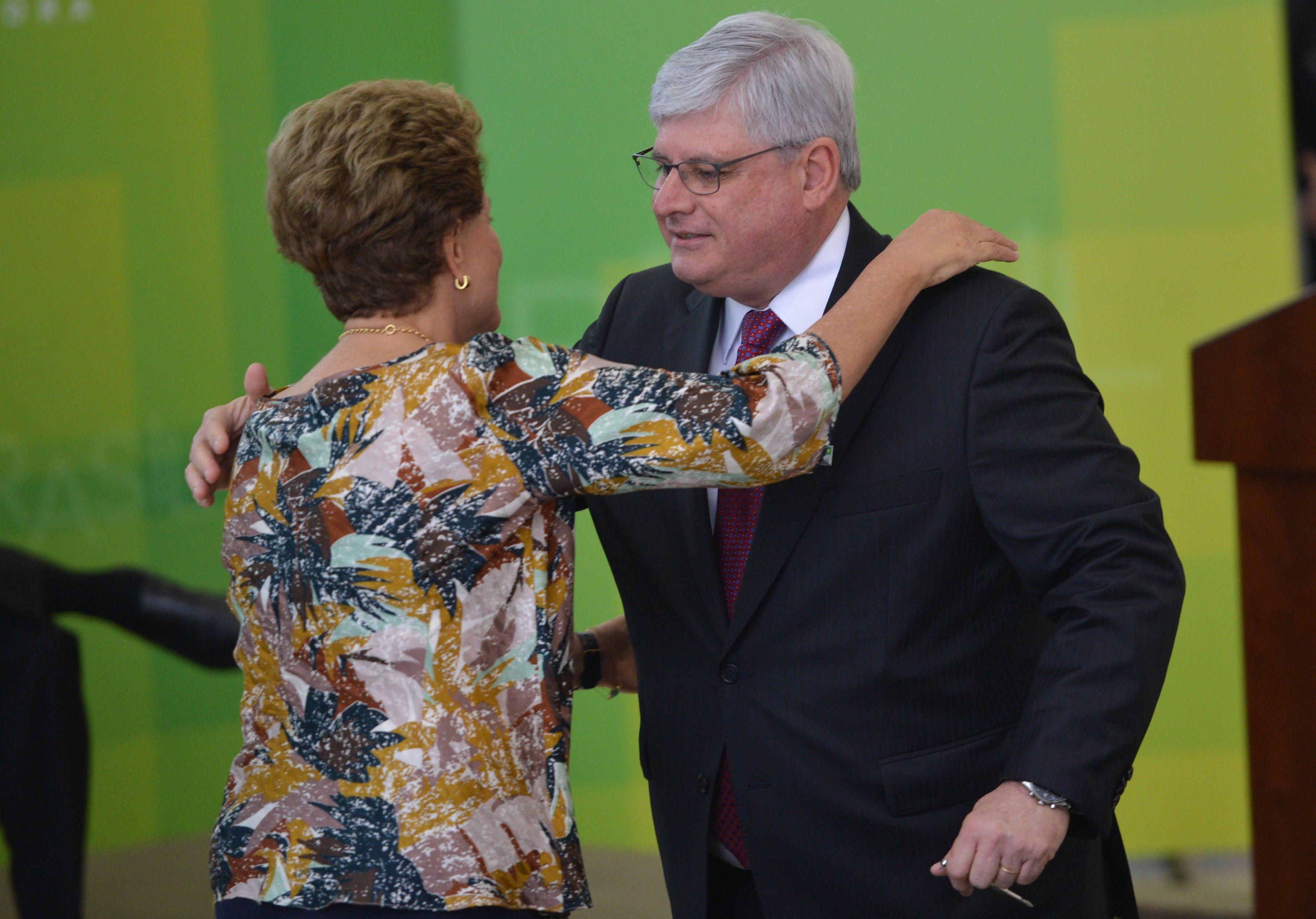Dilma Rousseff reconduz Rodrigo Janot ao cargo de procurador-geral da República
