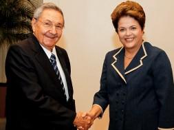 Dilma e Raul Castro