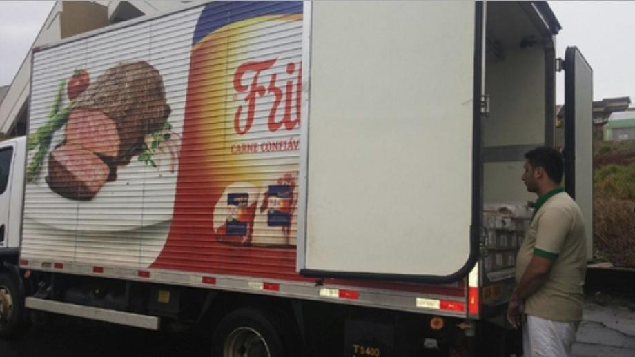 Caminhão da Friboi é interceptado com maconha avaliada em R$ 232 mil