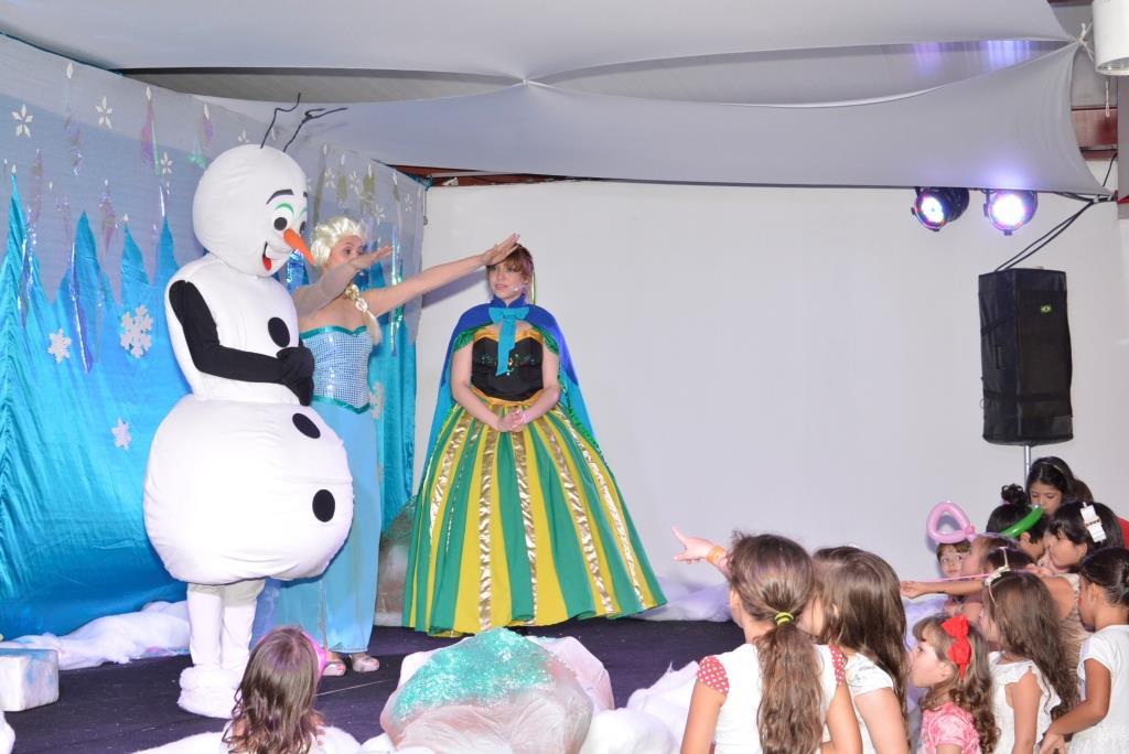 Tem espetáculo infantil Frozen no Shopping Cidade Jardim