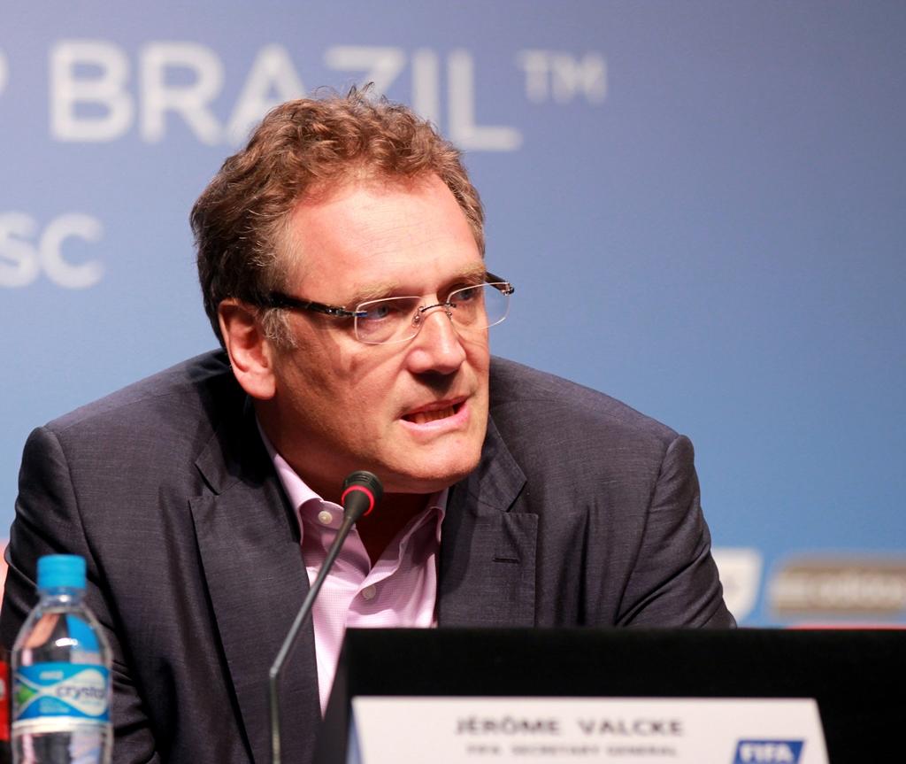 Suspenso há 4 meses, Valcke é demitido da Fifa