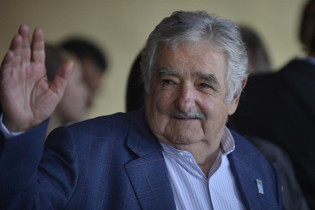 """Ateu, José Mujica diz que gosta do Papa """"porque ele gosta de tango e mate"""""""