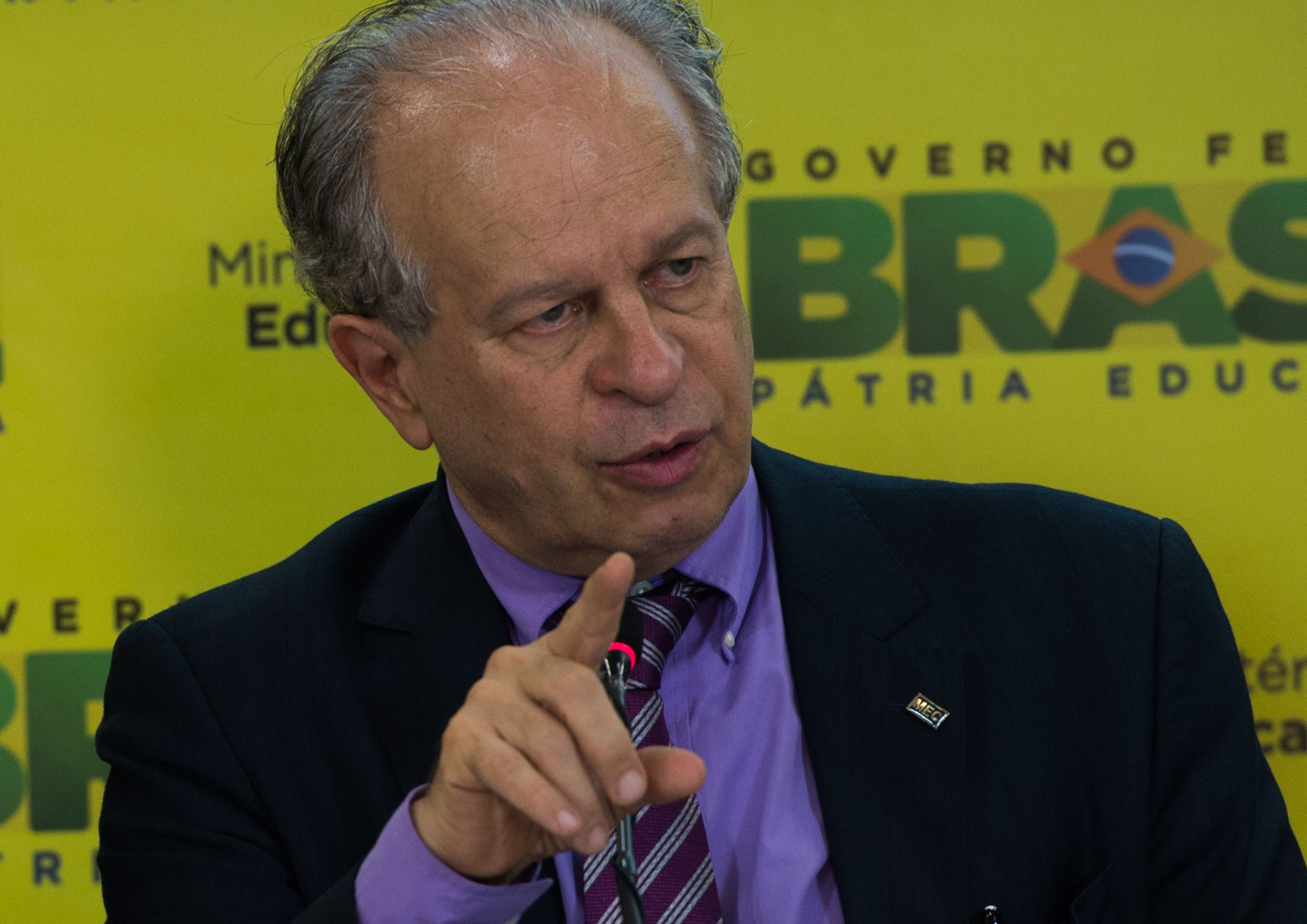 Reforma ministerial: Dilma demite Renato Janine da Educação