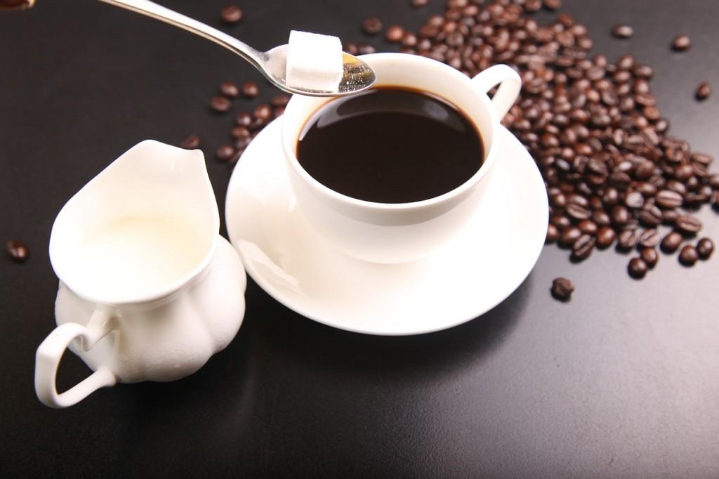 Pesquisa comprova que o uso excessivo de café e bebidas energéticas pode prejudicar a aprendizagem