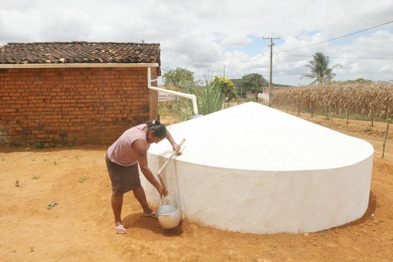 Governo vai investir R$ 100 milhões em cisternas no Nordeste
