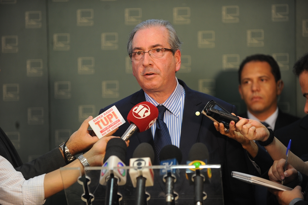 Cunha defende manutenção de vetos a reajustes de servidores