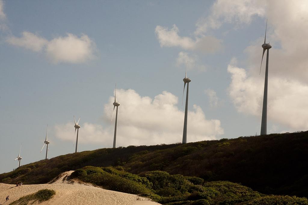 Cinco usinas eólicas iniciam operação no Rio Grande do Norte